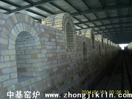 炼钢海绵铁隧道窑培烧段布置全景一2