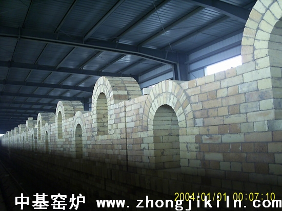 炼钢海绵铁隧道窑培烧段布置全景一1