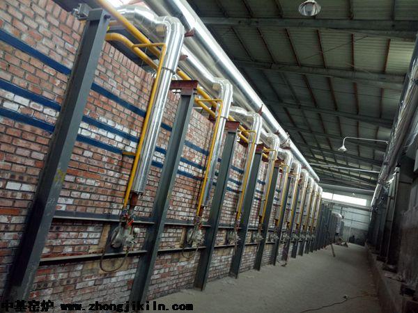 洛耐菲尔耐火材料有限公司168m双燃料硅砖隧道窑工程